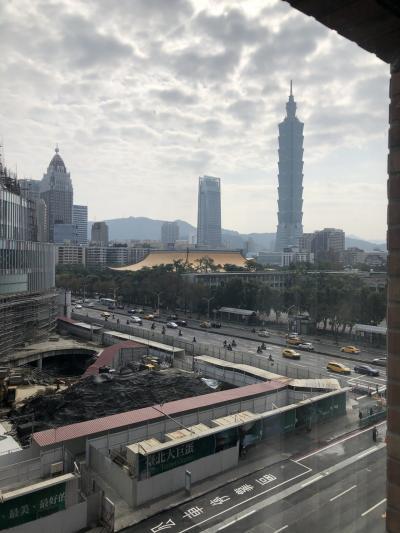 2月10日(日)<br /><br />ホテルの窓から