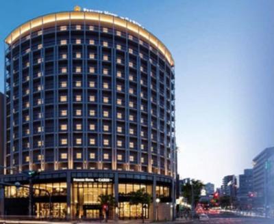 旅行に行きたい欲が大きくなって、大阪市内のホテルに旅行気分で泊まってみました。<br /><br />ホテルは南森町駅すぐのCABIN大阪<br />(外観の写真を忘れたのでHPの写真です)<br />1階は有名なパン屋の「パンとエスプレッソと」もあるし、セブンイレブンもあるので食べ物には困らないです<br /><br />GOTOトラベル利用で3000円くらい。<br />これに地域クーポン1000円をもらい、朝食バイキングもあってかなりお得です