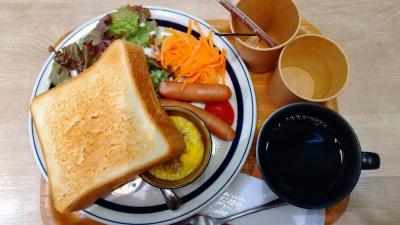 仙台二日目の朝。<br />仙台駅にあるハミングミールマーケットさんでモーニング。<br />以前、出張で来た時に利用して美味しかったので再訪。<br />このボリュームで550円はお得だと思う!