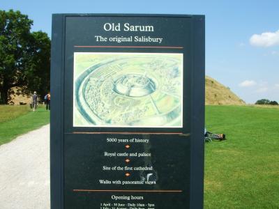 こちらは帰りに寄ったOld Sarumです。<br />ソールズベリーの昔の集落跡です。