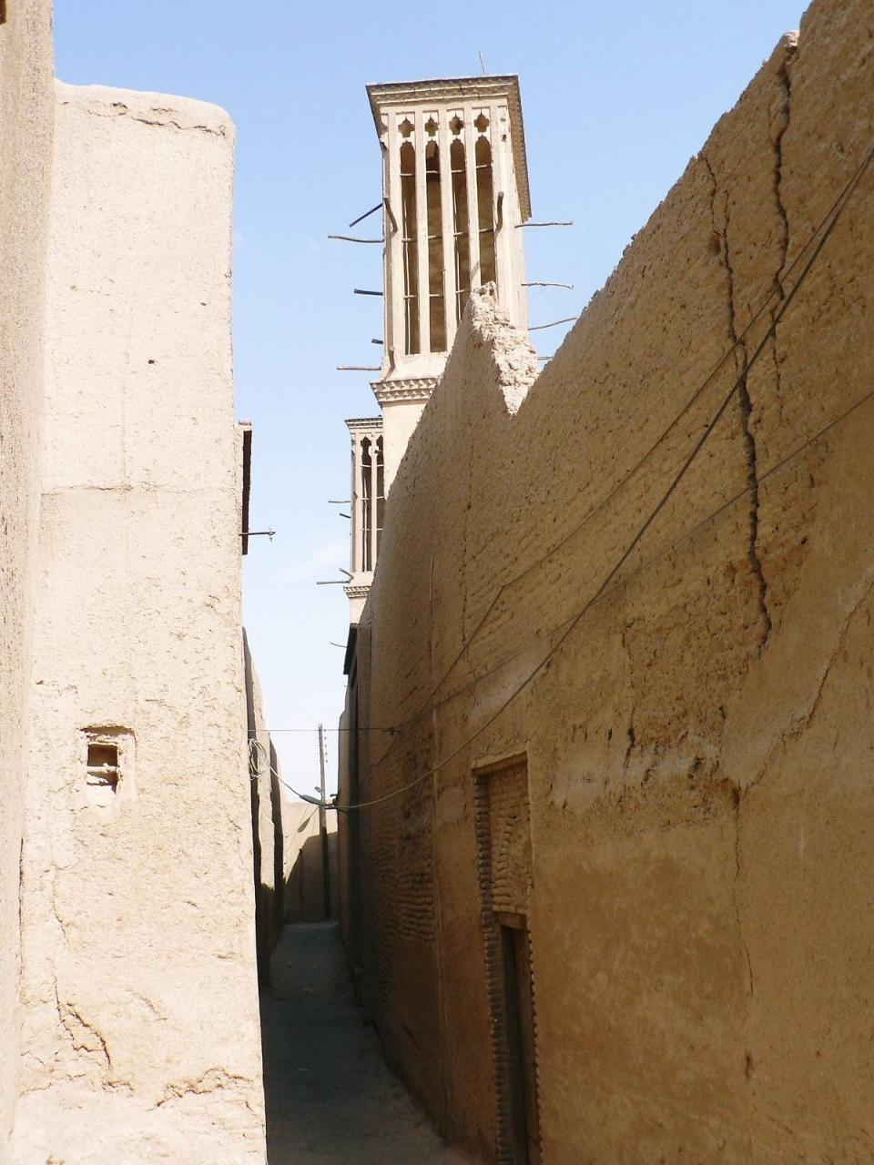 イランの旅【2】 ゾロアスター教が生きる砂漠の街 ヤズド