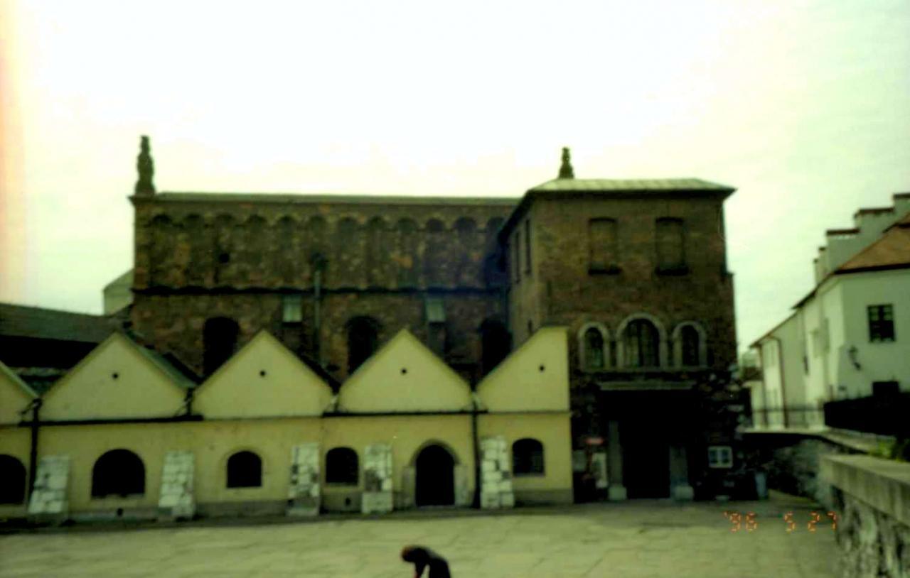 カジミエージュ地区(これって幽霊の写真?) シンドラーのリストロケ地 (+カトヴィッツェ)
