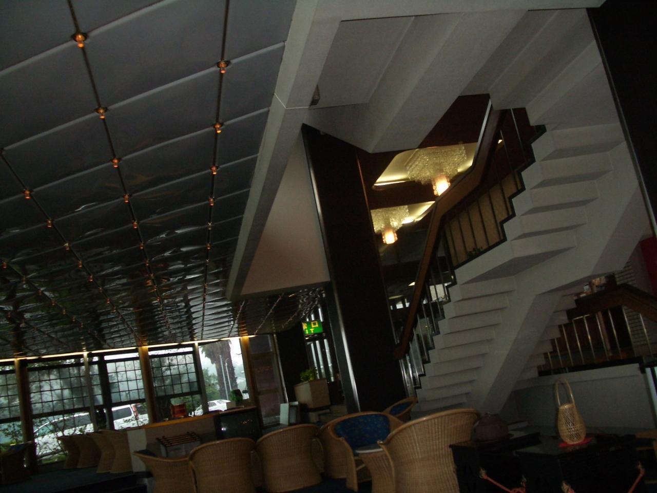 廬 天空 ホテル 海