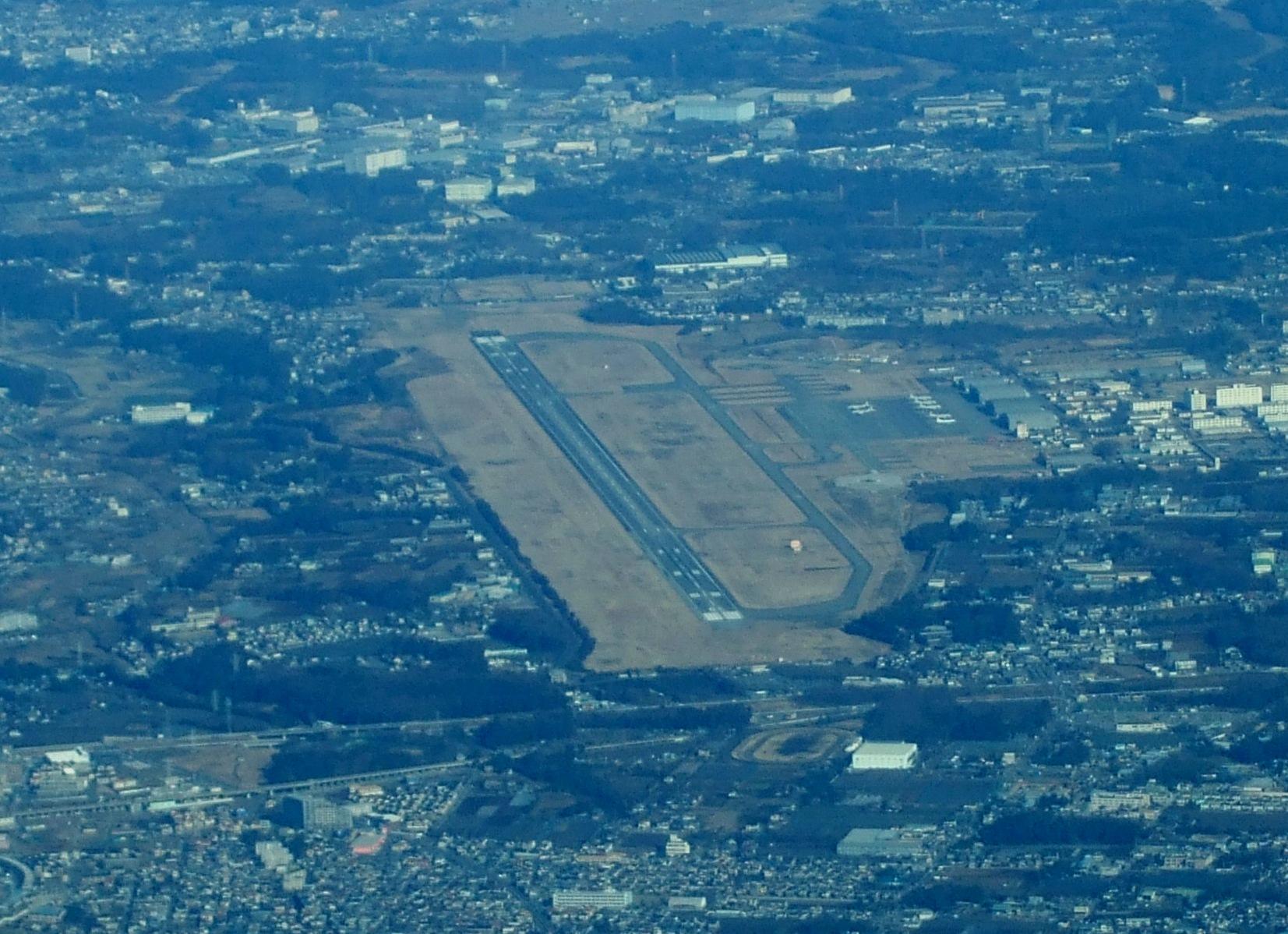 東京湾上空2000m