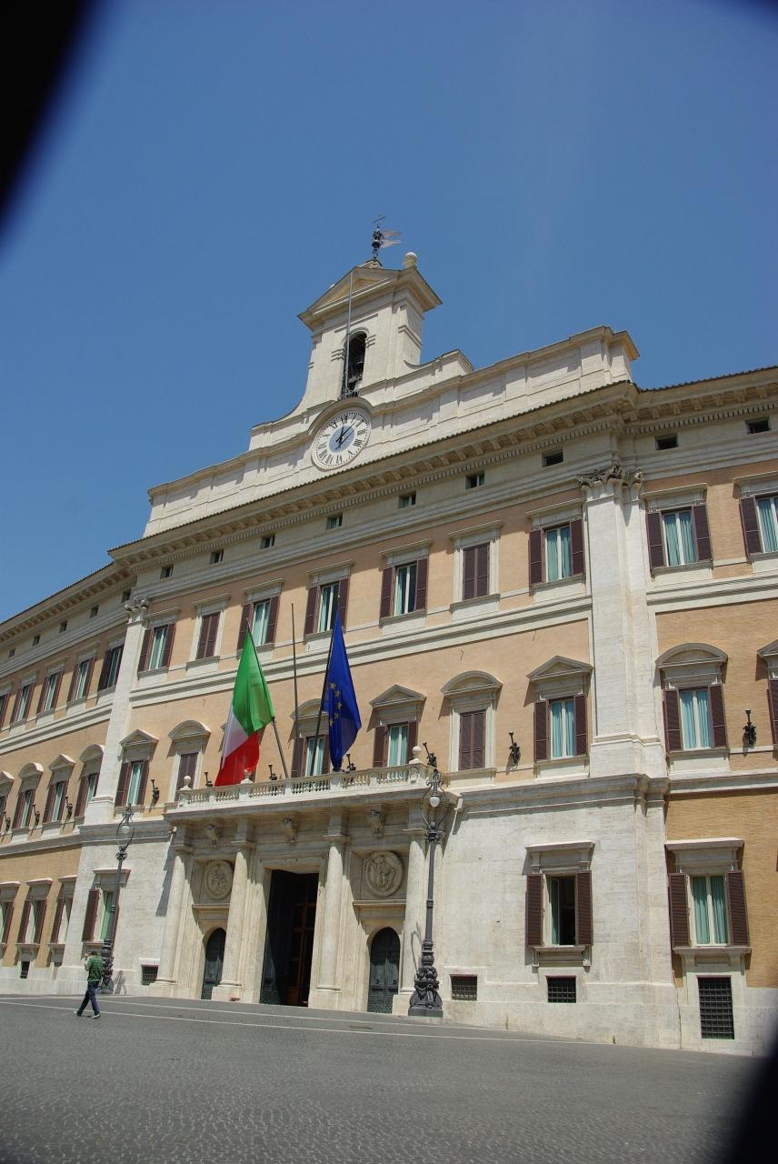 2009 by for Piazza montecitorio 12