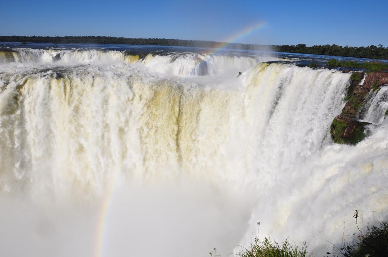 イグアスの滝 - イグアスの滝のメインスポット「悪魔の喉笛」