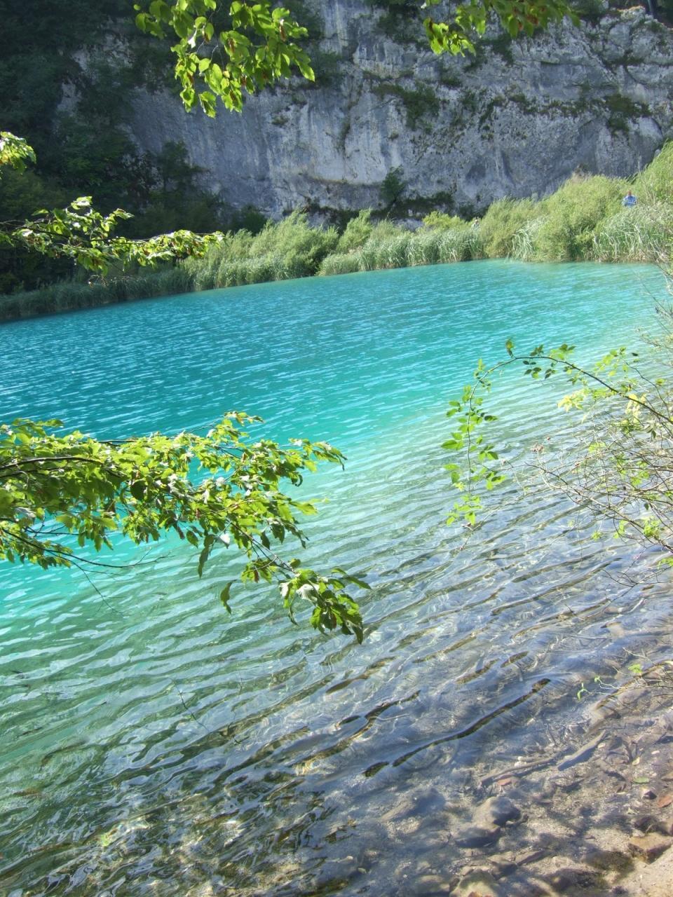 エメラルドグリーンのきれいな湖: 『クロアチアの世界遺産を巡る②』その他の都市(クロアチア)の