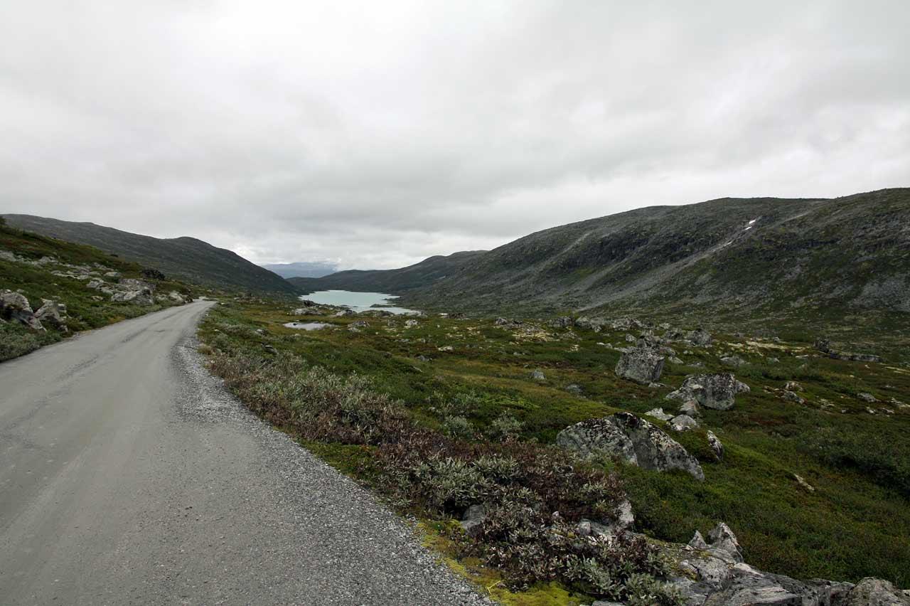 ノールフィヨルド 氷河を見ながらピクニック気分2 the old strynefjell