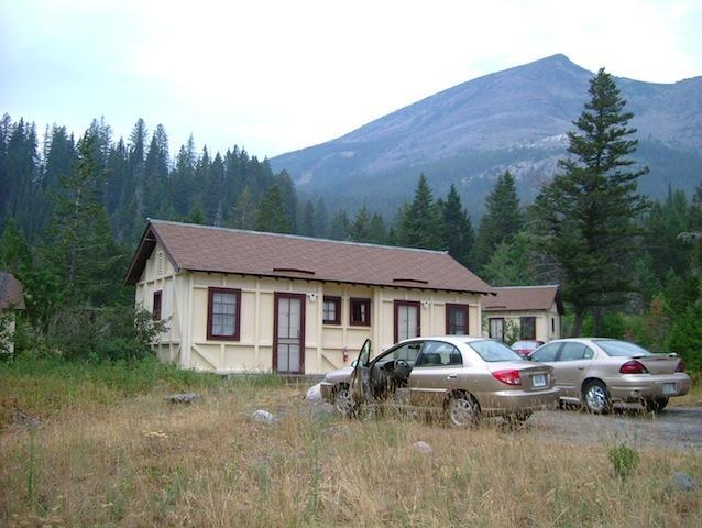 Glacier national park 2003 for Rising sun motor inn cabins
