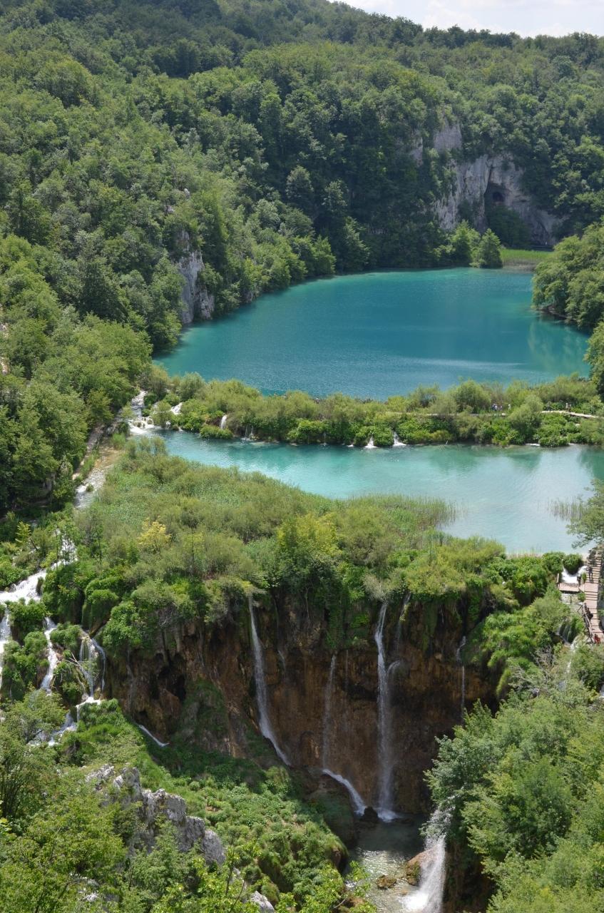 エメラルドグリーンのきれいな湖: 『2013年・クロアチアの旅~(2)プリトヴィツェ湖群国立公園