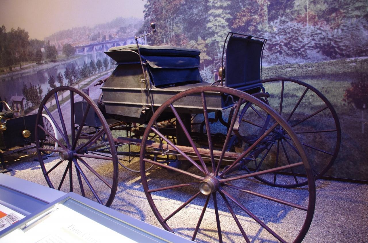 ヘンリーフォード 馬車