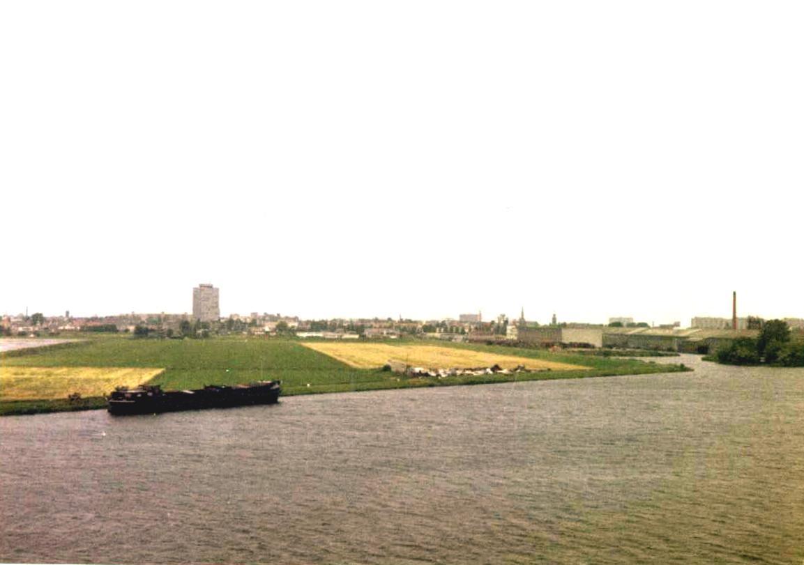 ノルウエーからアムステルダムへフェリーの旅(役に立つ中身無し)