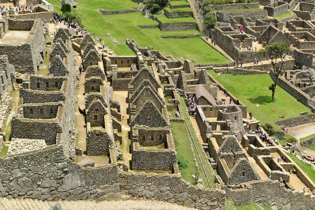 マチュピチュ - 200以上の建物がずらりと並ぶ遺跡群