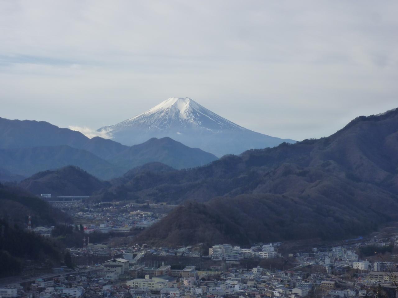『富士山を見に岩殿山へ』大月(山梨県)の旅行記・ブログ by ...