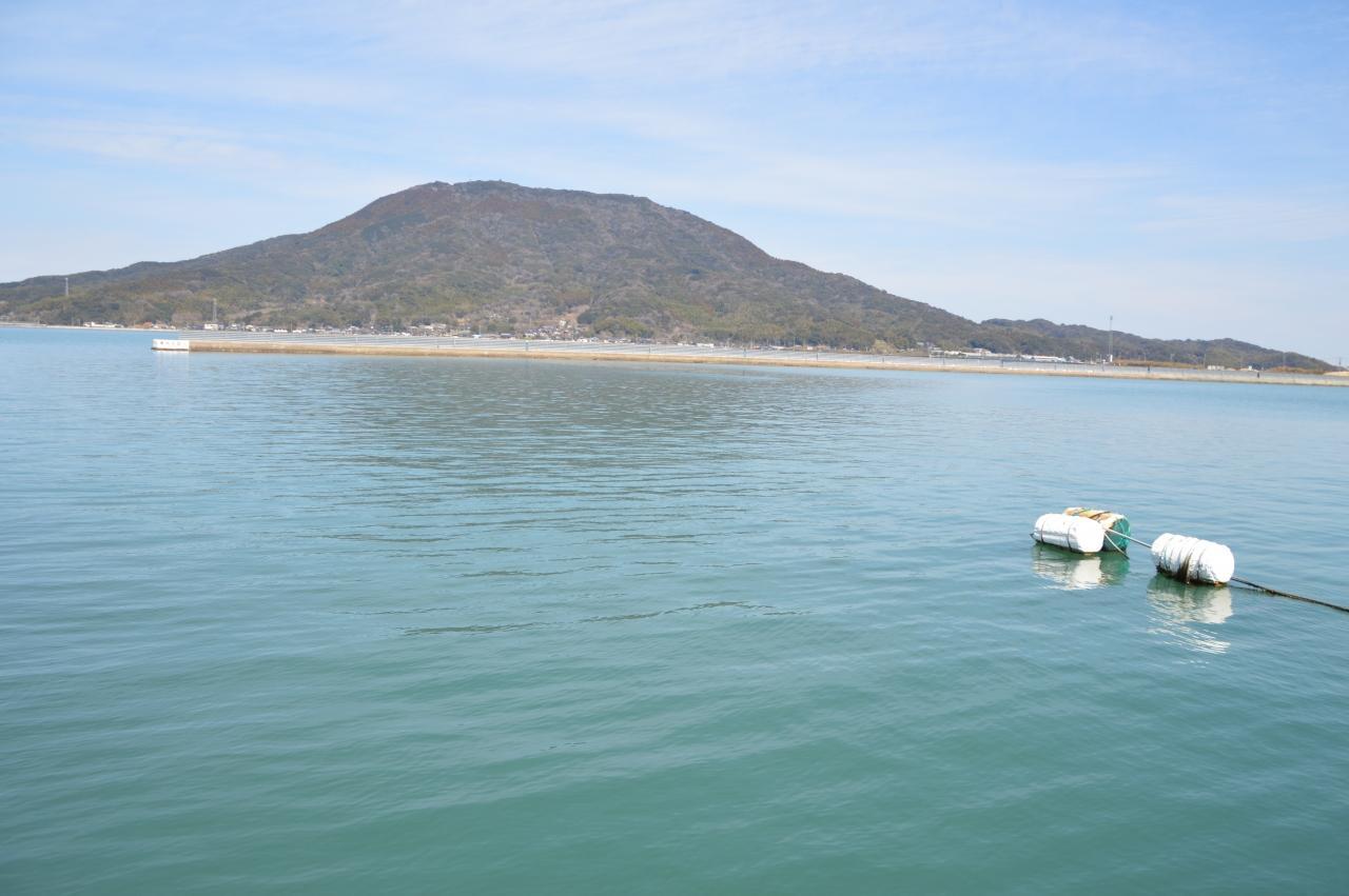 428bbc03f2 春の福岡をのんびりグルメ散歩:糸島の花塩プリンと極味やのもつ鍋を食べ ...