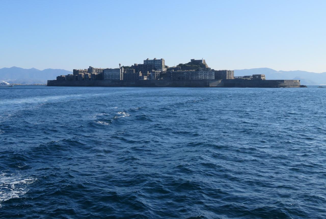 Gunkan-jima2