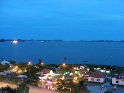 眺めは最高 サイゴンハロンホテル