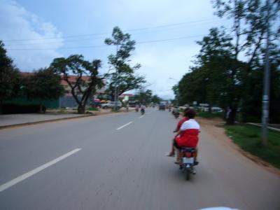 空港からのバイクタクシーにご用心!