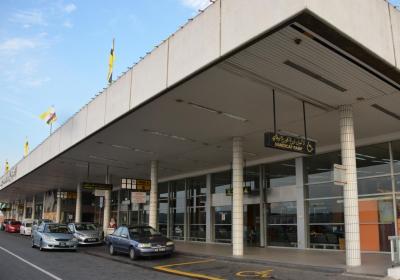 ブルネイへのアクセスと出国空港税