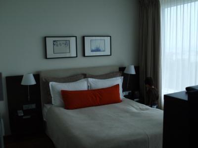 ヒルトン・レイキャビク 〜部屋からの眺めは◎、キングサイズベッドルームがないのが難点