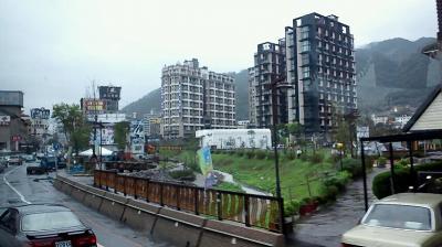 高速バスで台北から日帰り温泉へ(礁渓温泉)