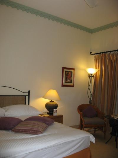 敷地内で死海浮遊が楽しめて、リゾートが気分満喫できるホテル