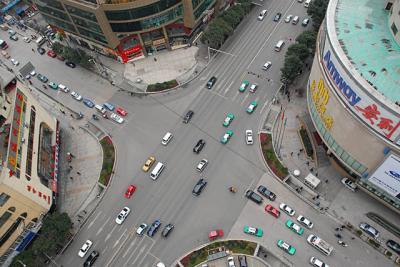 中華北路−黔霊西路
