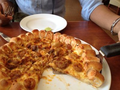 ひまつぶし?ピザを食べるならOK