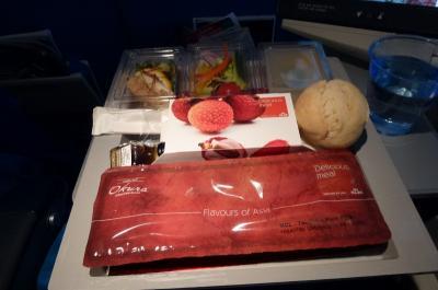エコノミー機内食最高、荷物取り扱い酷い