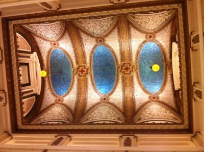 ティファニー製の天井が必見のメイシーズ