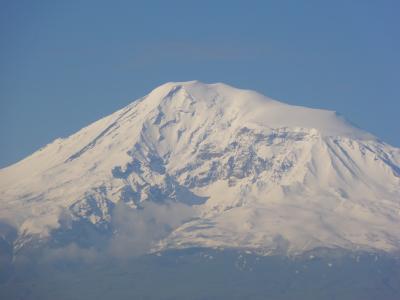 大アララット山