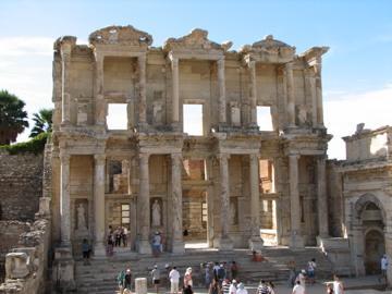 保存状態良好のローマ古代遺跡