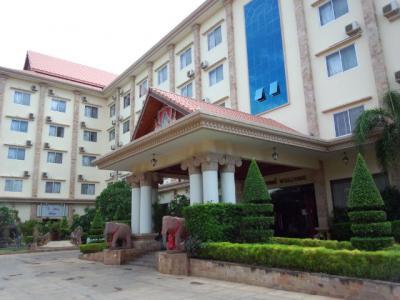 広々とした部屋や美味しいお粥が楽しめる、リーズナブルなホテル!
