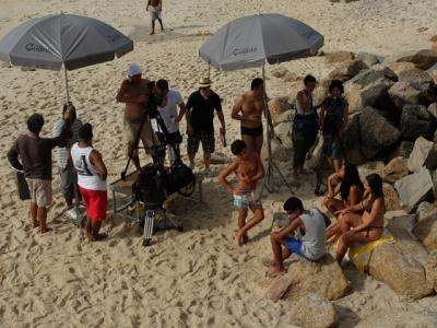 ホテル前のビーチには、何かの撮影隊も来ていました。