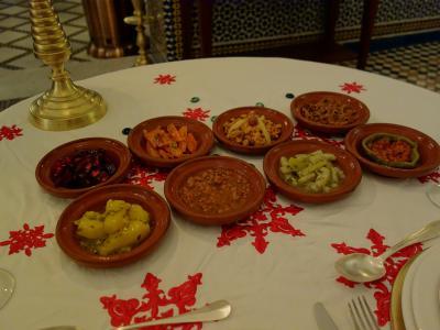 色々な種類のモロカンサラダ。