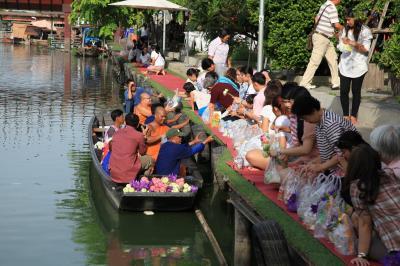 バンコク市内から近めの週末のマーケット