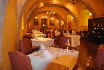 この素敵なレストランで優雅にディナータイムでした