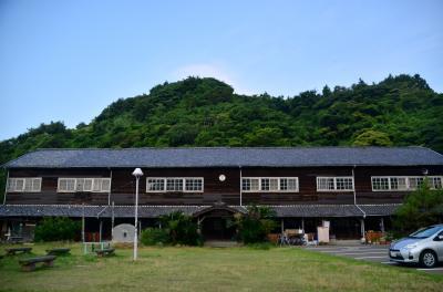 ノスタルジックな旧小学校の木造校舎を利用した民宿