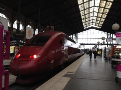 真っ赤な電車