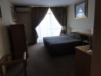 部屋は広く、機能的でした。