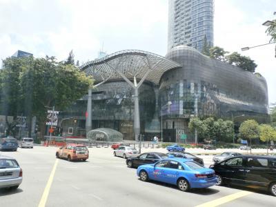 シンガポールの巨大ショッピングモール(^_-)-☆アイオン オーチャード