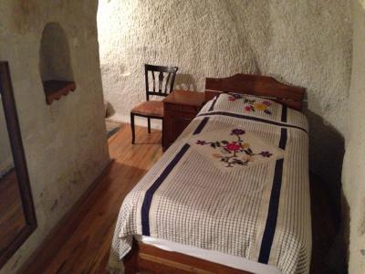 メゾネットタイプで下の階にもう一部屋小部屋がある