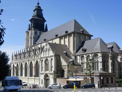 ブリューゲルの墓があるブリュッセル最古の ノートル ダム ド ラ シャペル教会