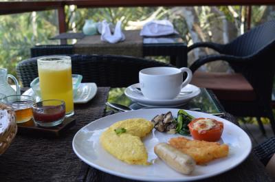 ここやはり朝食でしょう!