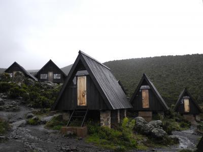 可愛い3角形の建物です。