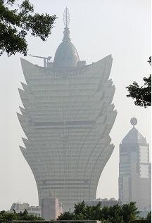 マカオの象徴ともいえるべきホテルです