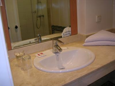 清潔で使いやすい洗面台