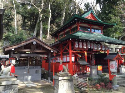 色鮮やかな神社です