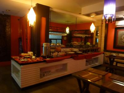 併設のレストランの朝食はイマイチ