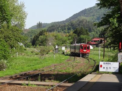 景色よし、駅も楽しいローカル線